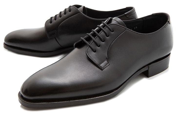 日本最古の紳士靴メーカー『大塚製靴』の外羽根プレーントゥです。