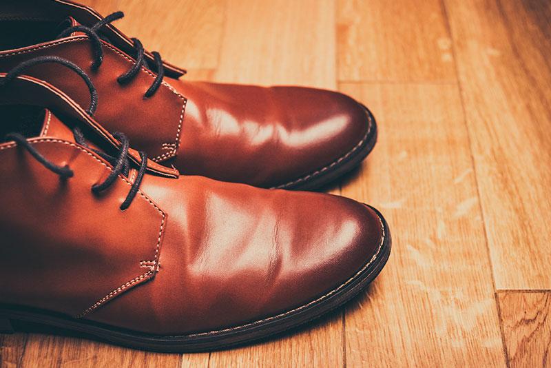 カジュアルスタイルに似合うメンズ革靴ブランド15選! 選び方からオススメの一足を徹底紹介